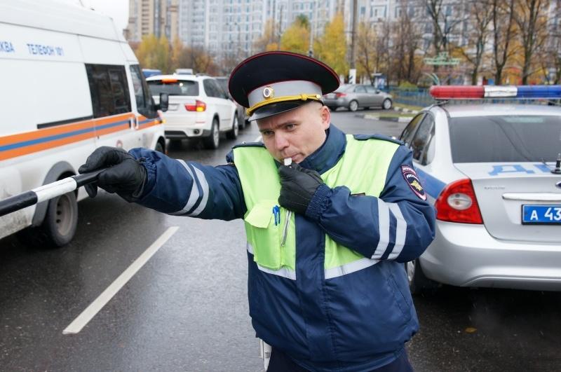 2016-06-07-09-09politsejskie-zaderzhali-voditelej-s-priznakami-narkoticheskogo-opyaneniya
