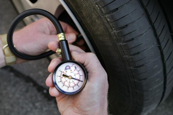 Five-Reasons-Your-Tires-Keep-Losing-Air-Pressure