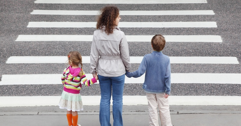 kids-road-fb-shutterstock_76940659