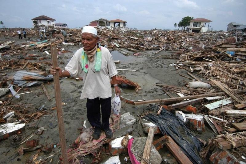 tsunami-indonesia-2004